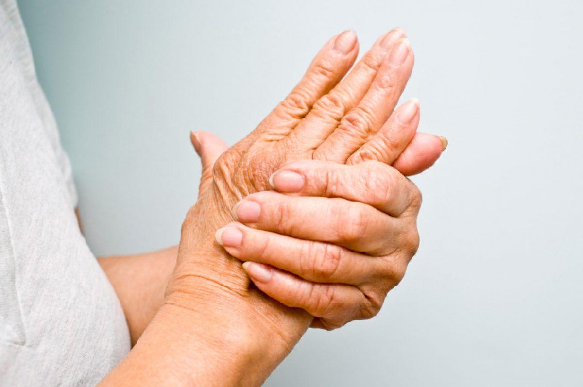 articulațiile din mâini doare