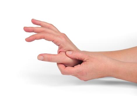 Furnicaturi si amorteli in maini