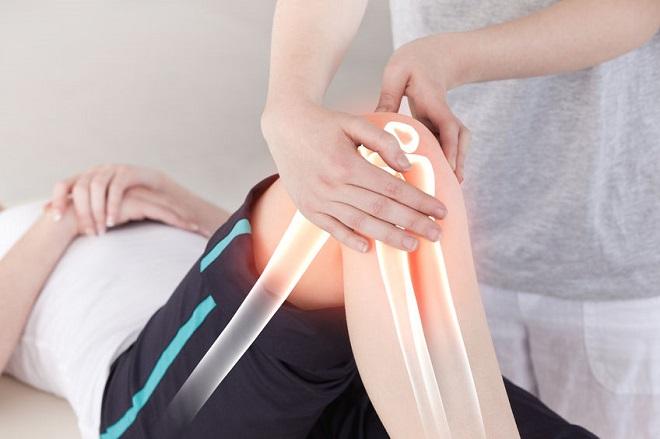 durere în braț lângă articulația cotului