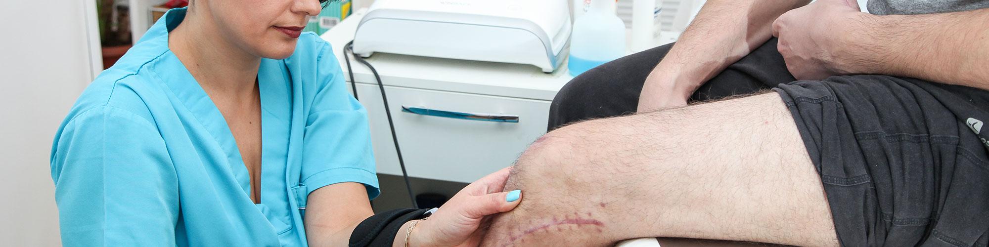 de ce se umflă articulațiile genunchiului