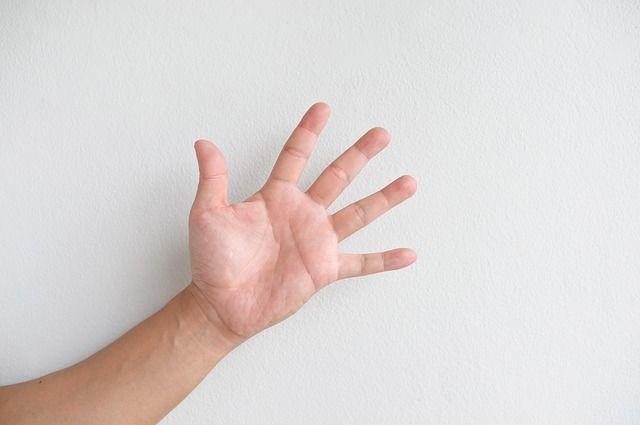 cum să îndepărtați umflarea articulațiilor degetelor