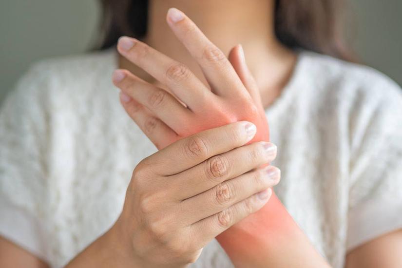 durere în articulațiile degetelor și umflare