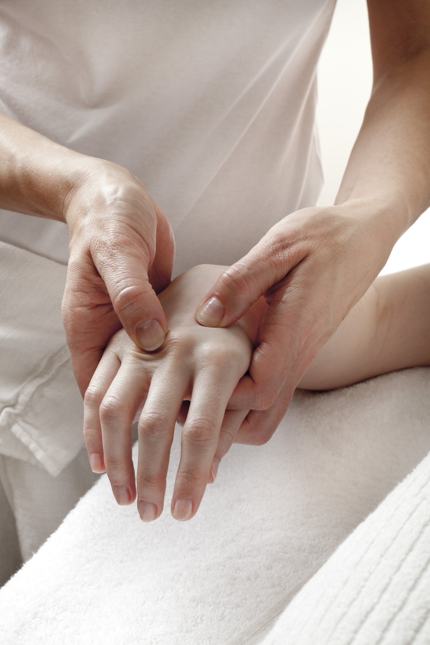 Tratamentul articulațiilor mâinilor cu denas, Tratamentul articular Denas