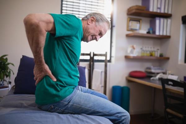 al treilea trimestru doare articulația șoldului