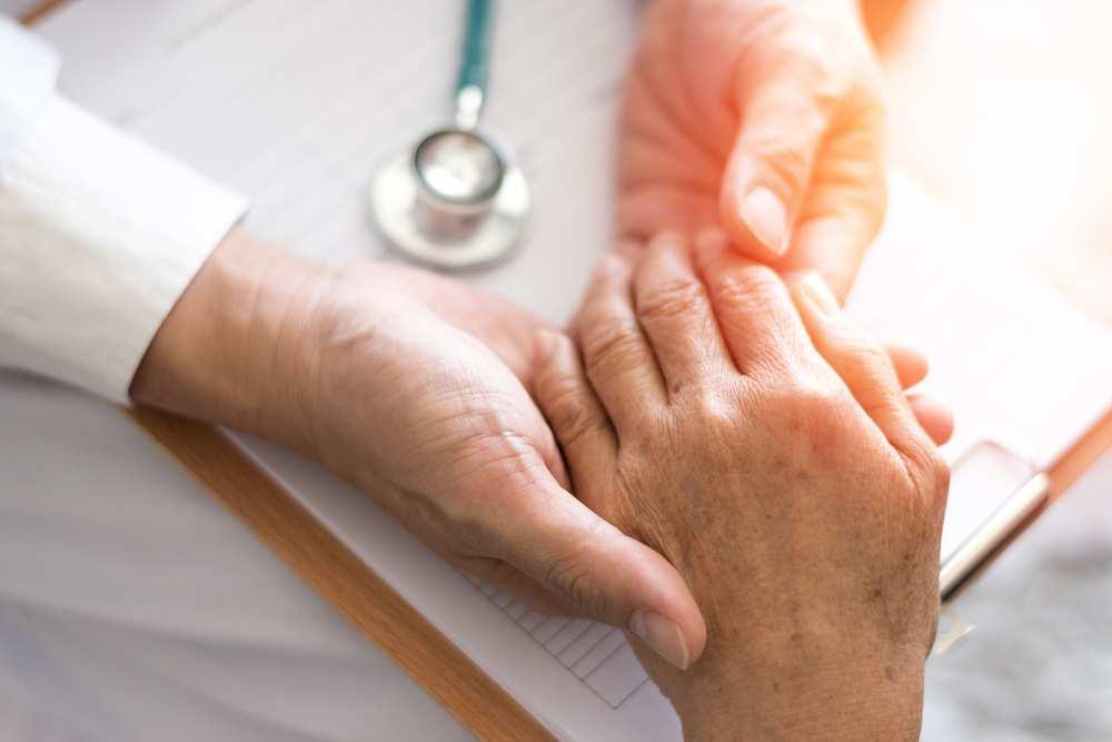 care este tratamentul pentru artroza articulației umărului