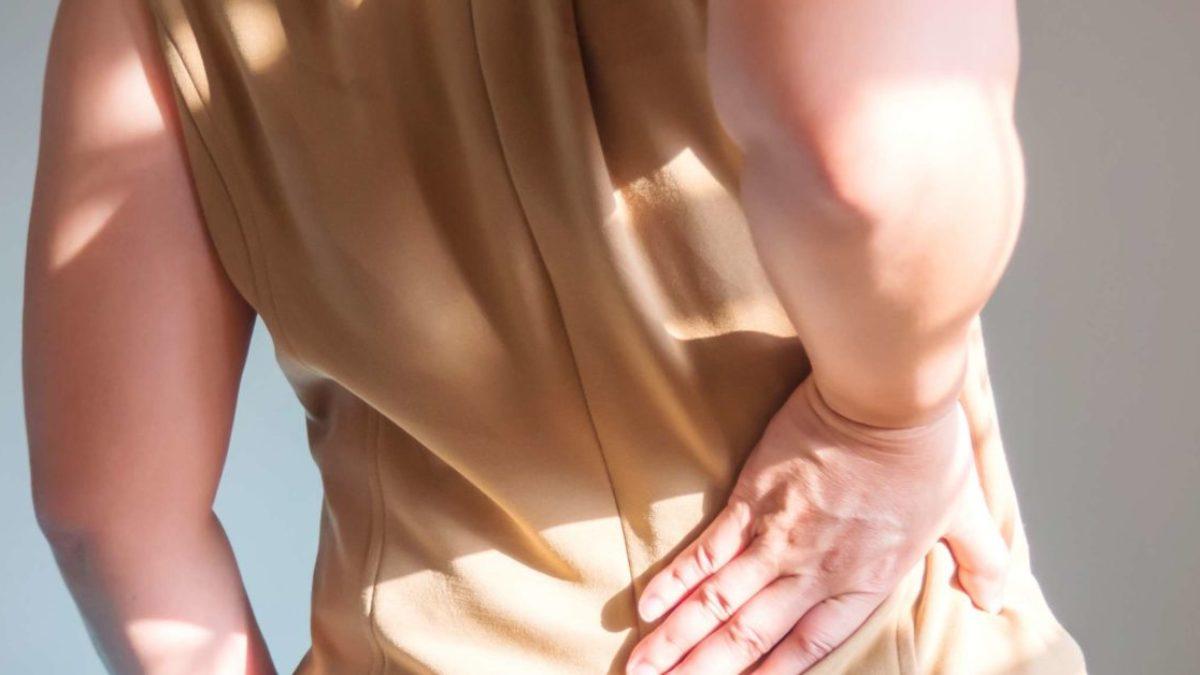 doare articulația șoldului și abdomenul inferior