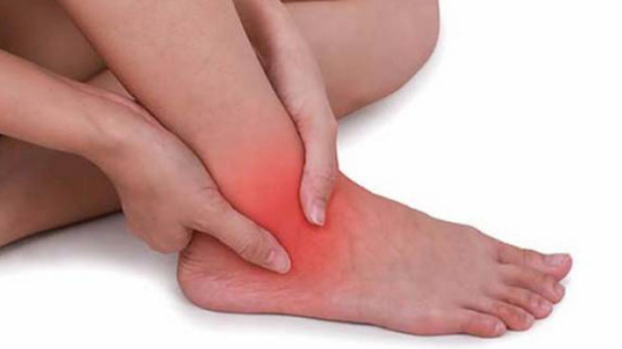 durere și de la până la articulațiile gleznei tratament articular sinocromic
