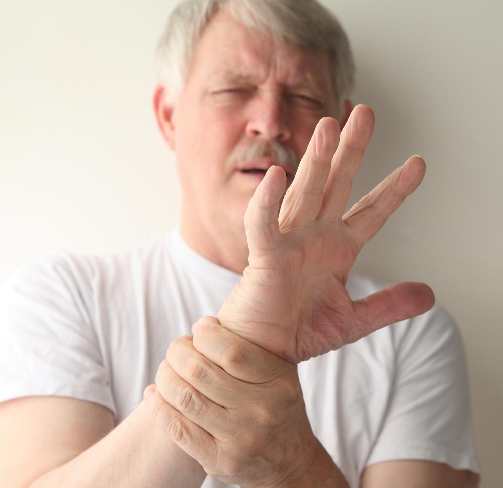 durere în articulațiile mâinilor la alăptare