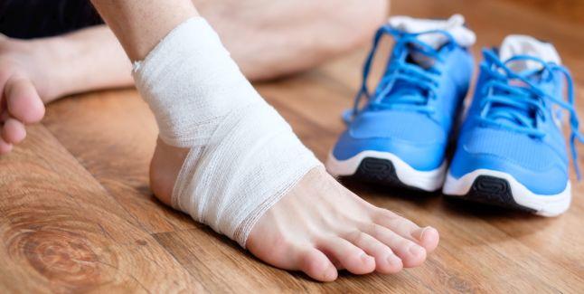 Ce trebuie să faci cand ai entorsă! – Cauze, simptome si tratament! - Medic Chat