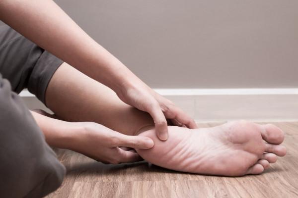 De ce apar durerile de calcai si cand trebuie sa mergi la medic