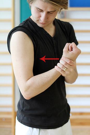 Tratez articulațiile feței umflate simptom de durere în articulațiile brațelor și picioarelor