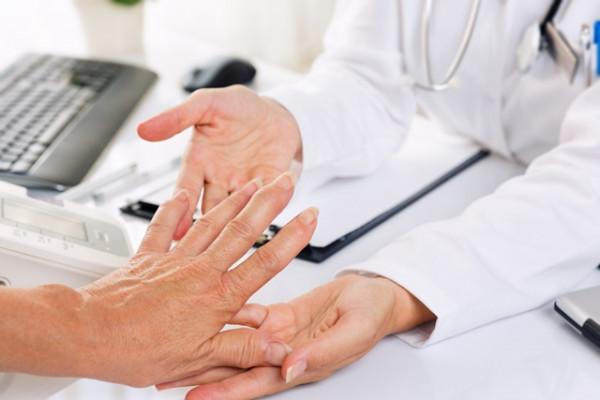 Tratament posttraumatic al durerii genunchiului - baremi.ro